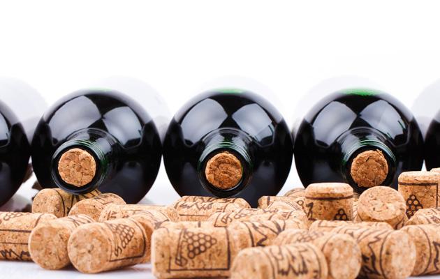 Nút bần rượu vang